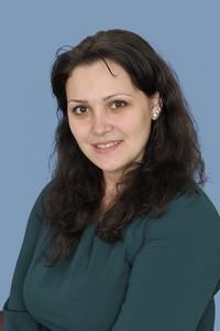 Юлія Олександрівна Бондаренко : вихователь, логопед